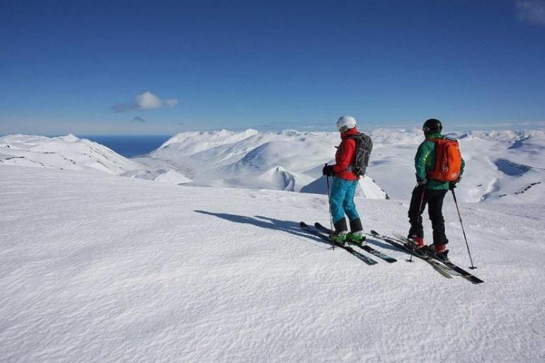 Oceans, Valleys and Peaks Skiing Trip (6 Days) tour