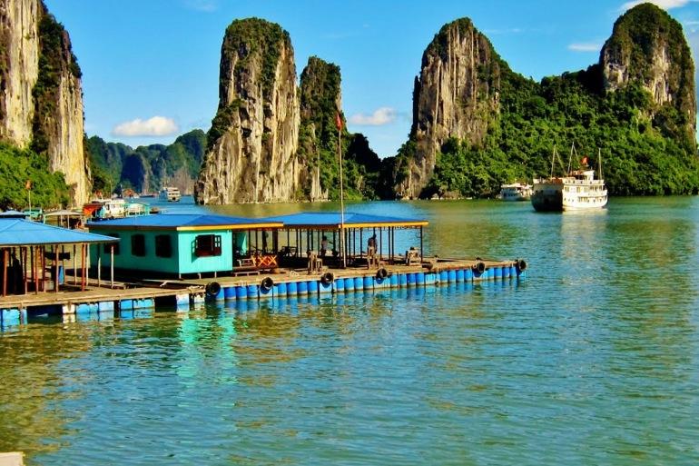 Vietnam at a Glance tour