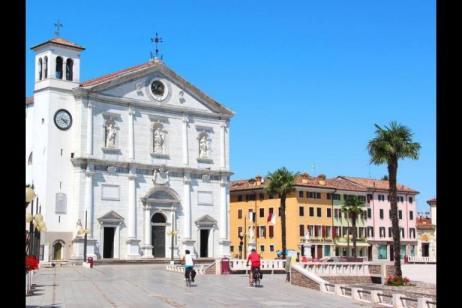 Self-Guided Cycle Venice to Porec tour