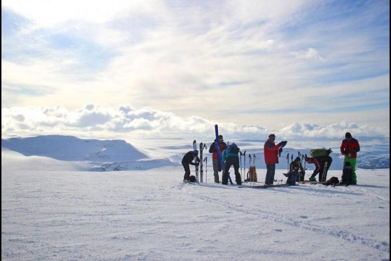 Local Immersion Skiing, Snowboarding & snow sports Skiing the Mountains and Fjords of the North (6 Days) package