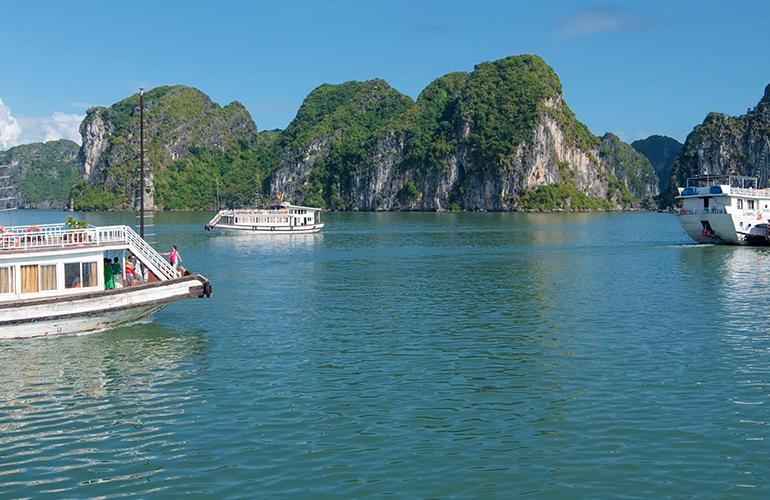 Vietnam Family Holiday for solo parents tour