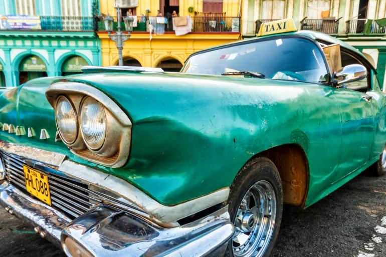 Classic Cars, Rum, and Cigars tour