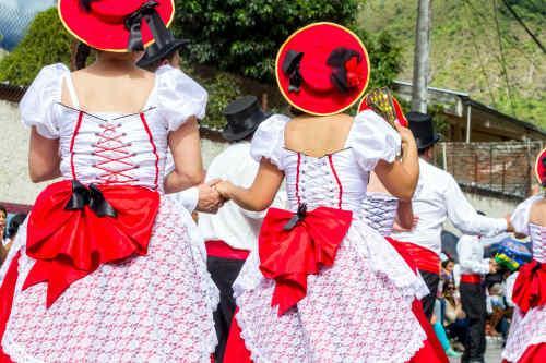 Meet the Locals: Quito, Otavalo & Patate tour