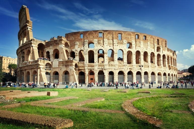 Colosseum Architecture Rome, Italy.jpg