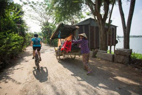 Cycle Vietnam's Mekong Delta tour