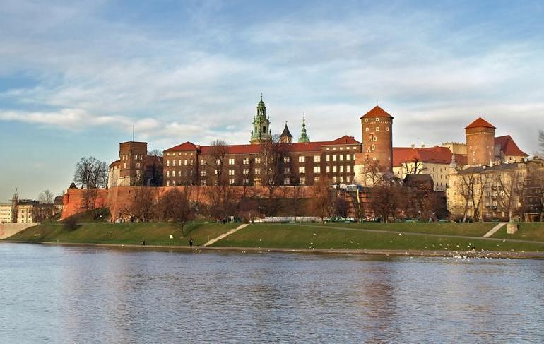 Tallinn to Prague tour