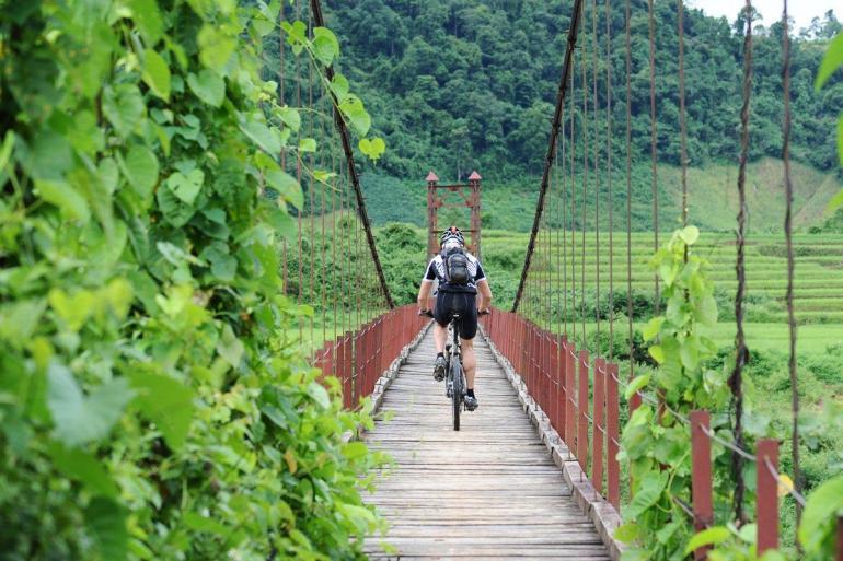 Mountain Biking Vietnam's Northwest Mountains (6 days) tour