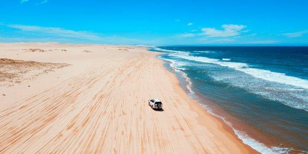 4wd on the beach in Australia